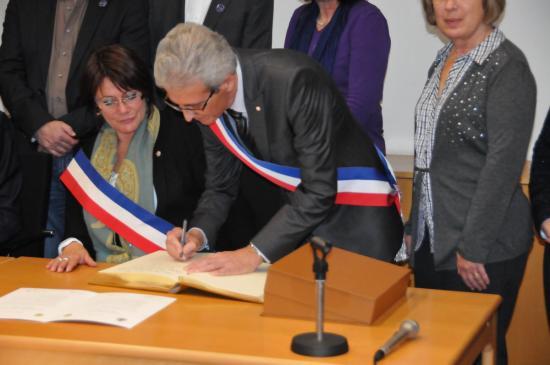 20141107 - 093 - 20 ans Ilvesheim - Signature charte Ilvesheim