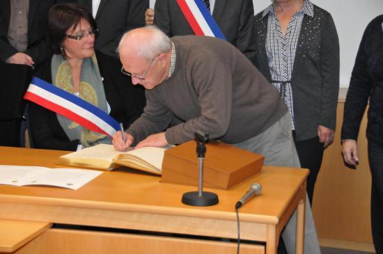 20141107 - 095 - 20 ans Ilvesheim - Signature charte Ilvesheim