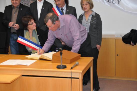 20141107 - 096 - 20 ans Ilvesheim - Signature charte Ilvesheim
