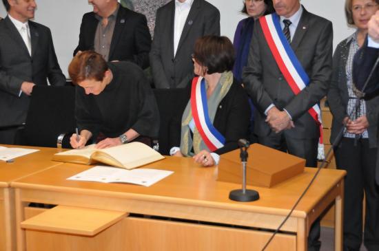 20141107 - 097 - 20 ans Ilvesheim - Signature charte Ilvesheim